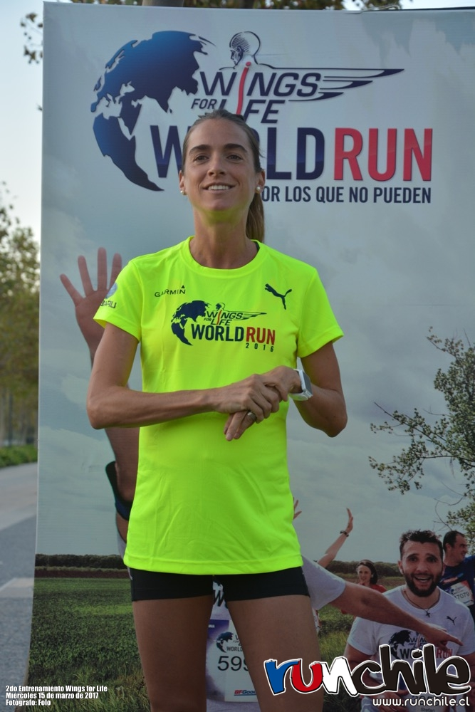 Imagen_Noticia_Vale_Carvallo_y_Cesar_Diaz_ayudaron_a_prepararse_para_Wings_for_Life_World_Run_03
