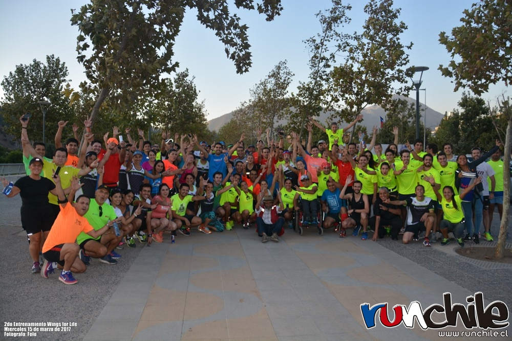 Imagen_Noticia_Vale_Carvallo_y_Cesar_Diaz_ayudaron_a_prepararse_para_Wings_for_Life_World_Run_04