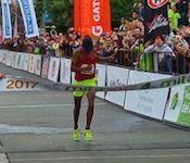 Resumen_Noticia_El_chileno_Enzo_Yanez_es_Campeon_Sudamericano_de_Maraton